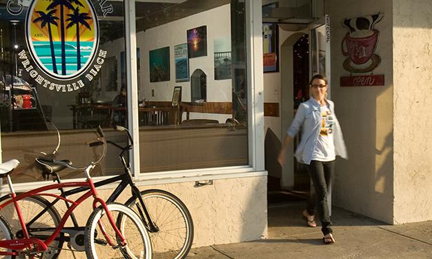 Café Del Mar Menu Specials And Location Hours